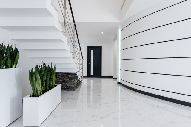 Marble vs. Tile: Which is the Better Flooring Option?